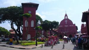 Christ Church Melaka dengan becak hias
